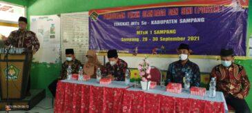 Kepala Kemenag Sampang Buka Porseni MTs Se Kabupaten Sampang